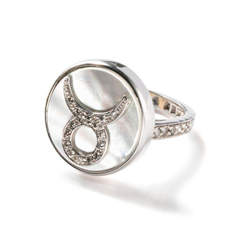 Calorina Bucci|Rings